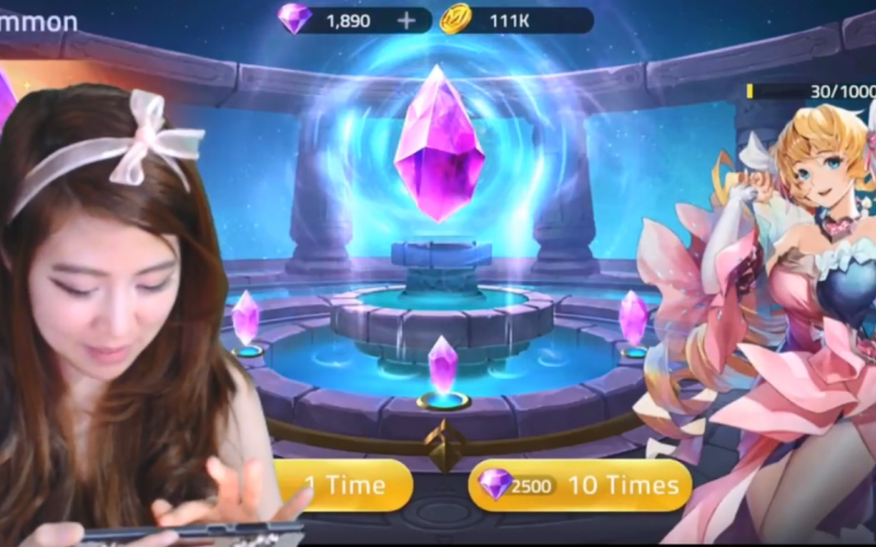 Mobile Legends: Adventure makes Influencers around the world hooked